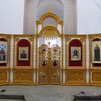 Иконостас и напольные киоты для Храма Пресвятой Троицы села Усады республики Татарстан